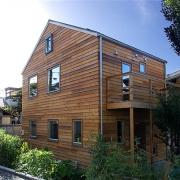 緑の風が通り抜ける家